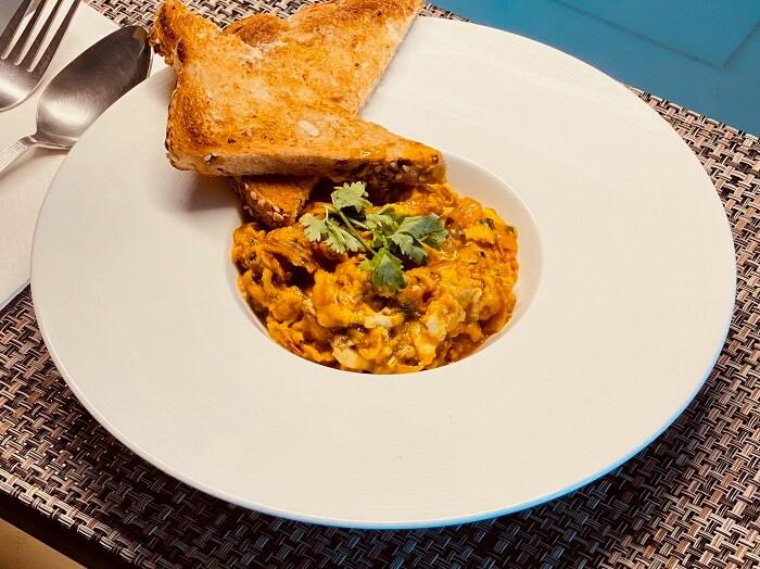 Scrambled eggs Akuri recipe