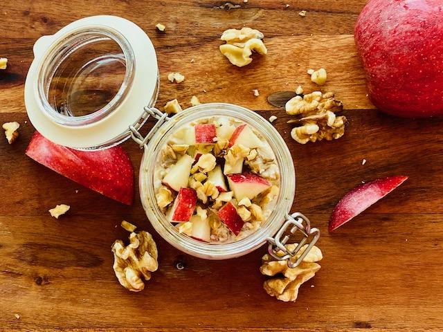 apple walnuts