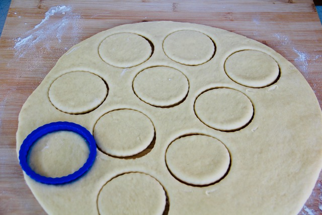 cookie cutter for shaping the buns